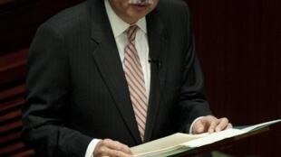 存档图片:香港财政司长曾俊华2012年2月1日