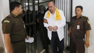O francês Serge Atlaoui, condenado à morte na Indonésia, na prisão em 1° de abril de 2015.