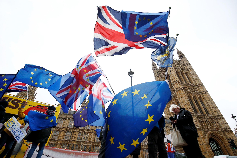 Ảnh minh họa : Biểu tình phản đối Brexit trước Nghị Viện Anh, Luân Đôn. Ảnh ngày 28/11/2018.
