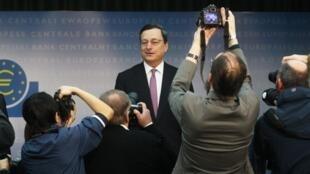 Mario Dragui, presidente do Banco Central Europeu, durante coletiva de imprensa nesta quinta-feira.