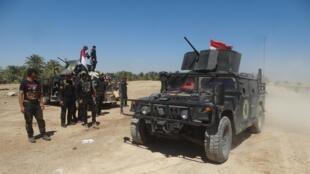 """نیروهای امنیتی عراق موفق شدند در پی عملیات نظامی، کنترل بخشی از شهر """"حیط""""، یکی از مناطق مهم استان """"الانبار"""" را به دست گیرند. ۱۴ فروردین/ ٢ آوریل ٢٠۱۶"""