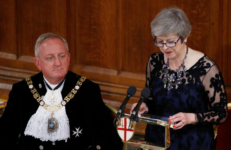 Lors du banquet du Lord Maire de Londres, le 12 novembre 2018, Theresa May a tenu à répondre publiquement aux critiques sur sa stratégie concernantle Brexit.