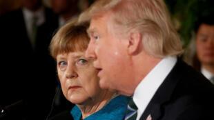 Shugaban Amurka Donald Trump tare da shugabar gwamnatin Jamus Angela Merkel.