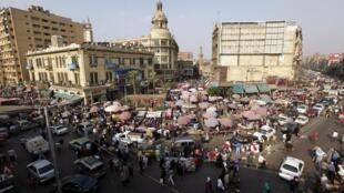 O estado de emergência e o toque de recolher noturno no Egito serão suspensos na quinta-feira após três meses em vigor.
