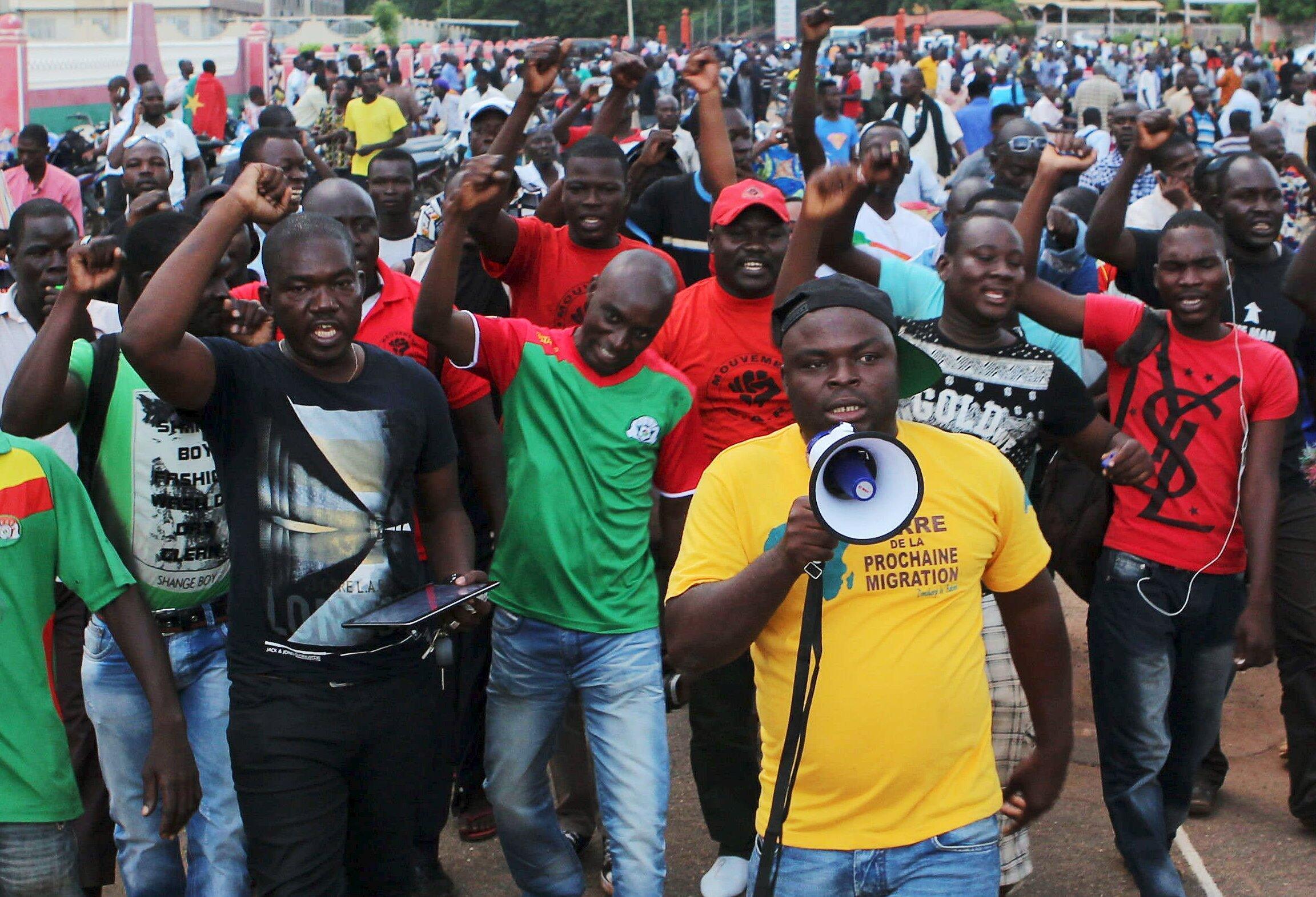 Zanga-zanga ta barke a Burkina Faso bayan Sojoji sun kwace mulki