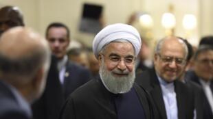 Le président iranien Hassan Rohani lors d'une rencontre avec des représentants du Medef, le 27 janvier 2016 à Paris.