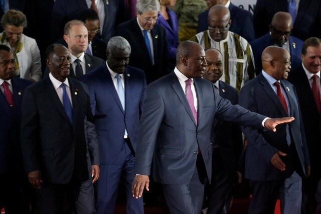 Shugaban Kasar Guinea Alpha Conde tare da wasu shugabannin Afirka a Taron EU-AU a Abidjan
