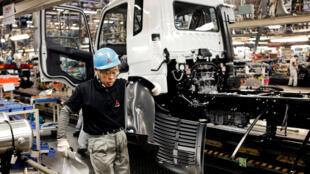 Dans près d'un quart des entreprises japonaises, les employés font plus de 80 heures supplémentaires chaque mois.