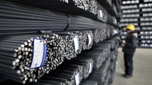 資料圖片:中國江蘇連雲港某鋼鐵廠。攝於2013年12月24日