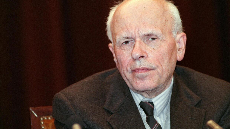Сегодня день рождения академика Андрея Сахарова