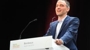 Raphaël Glucksmann, ici en meeting à Bordeaux le 2 mai 2019.