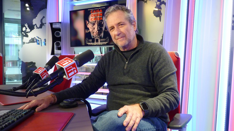 Eduardo Guillot en los estudios de RFI