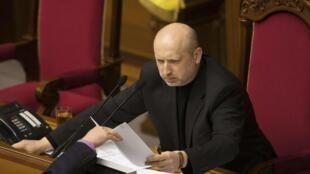 Oleksander Turchinov, próximo da opositora  Iulia Timochenko, foi eleito Presidente interino no 23 de Fevereiro.