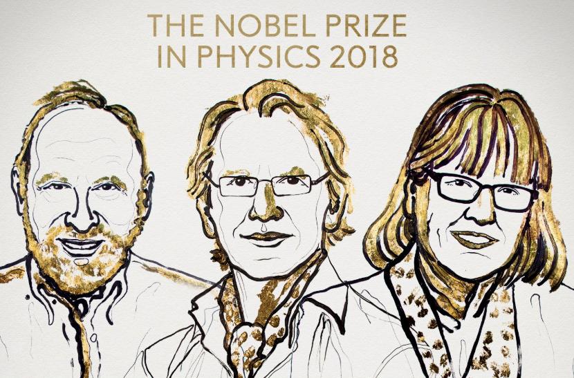 Từ trái sang phải: Arthur Ashkin (Mỹ), Gérard Mourou (Pháp) và Donna Strickland (Canada) được trao tặng giải Nobel Vật lý 2018.