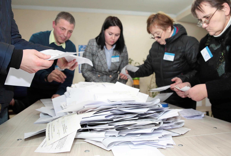 Голосование на парламентских выборах в Молдове впервые прошло посмешанной системе