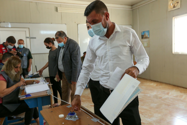 2021-10-08T115251Z_778158372_RC2N5Q914JTC_RTRMADP_3_IRAQ-ELECTION-DISPLACED
