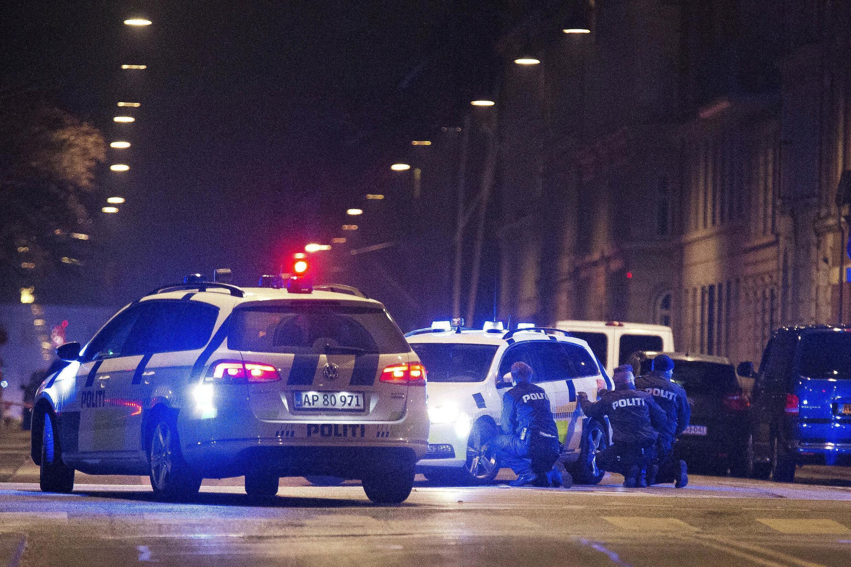 Opération policière sur les lieux de la deuxième fusillade à Copenhague le 15 février.