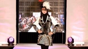 """در ایران، برگزاری هر """"شوُی لباس"""" به صورت میانگین ٣٠ تا ٧٠ میلیون تومان هزینه دارد."""