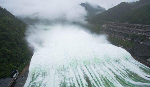 7月7日下午浙江新安江水庫泄洪資料圖片