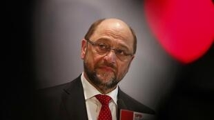 Former European Parliament president Martin Schulz addresses the media after a Social Democratic Party SPD parliamentary fractio