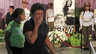 Cubans pay homage to Fidel Castroafter his death