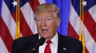 O presidente eleito Donald Trump durante a coletiva de imprensa no dia 11 de janeiro