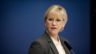 La jefa de la diplomacia sueca Margot Wallström anunció esta decisión.