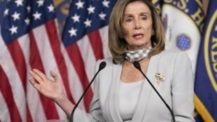 La présidente démocrate de la Chambre des représentants, Nancy Pelosi, lors d'une conférence de presse à Washington, le 13 août 2020.