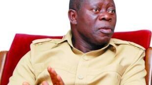 Shugaban Jam'iyyar APC mai mulkin Najeriya Adams Oshiomole.