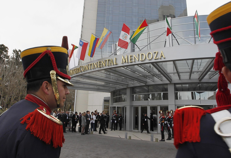 La cumbre del Mercosur empieza este viernes 29 de junio, en Mendoza, Argentina.