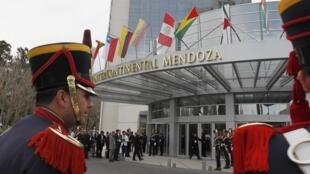 Les sommets (Mercosur et Unasur) s'ouvrent ce vendredi 29 juin, à Mendoza, en Argentine.