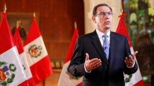 Le président Martin Vizcarra a accédé au pouvoir en 2018, après la démission de Pedro Pablo Kuczynski, dont il était le colistier, en raison d'accusations de corruption. Lima, le 11 avril 2019.