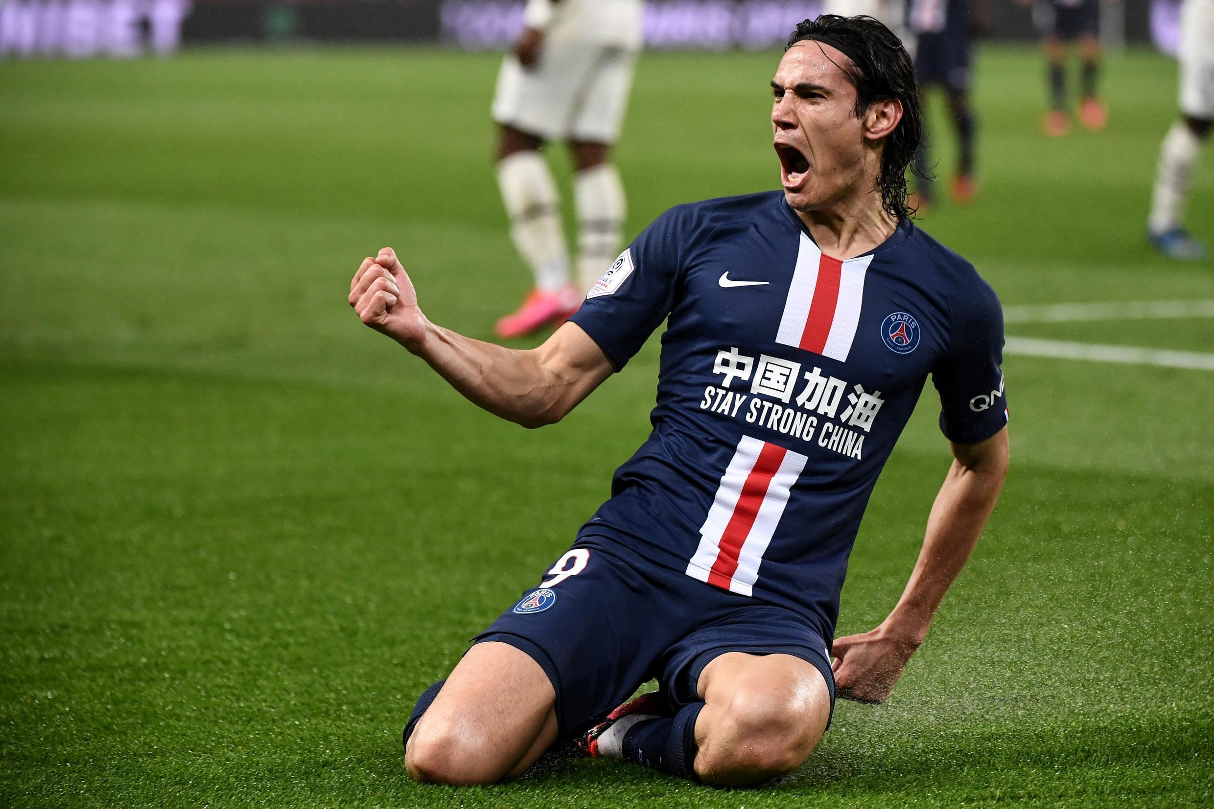 Edinson Cavani has joined Manchester United on a one-year deal