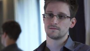 Edward Snowden durante uma entrevista concedida ao The Guardian