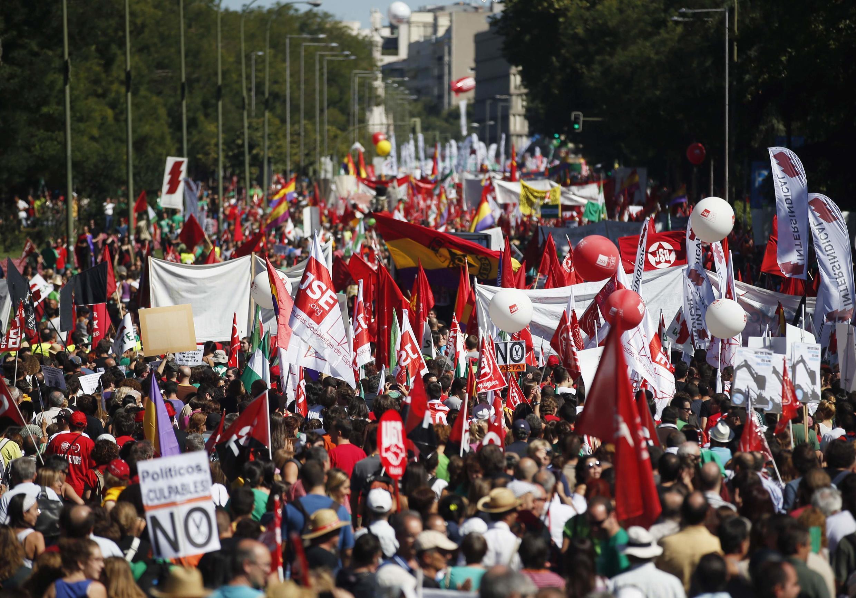 Манифестация на мадридской площади Колон 15/09/2012
