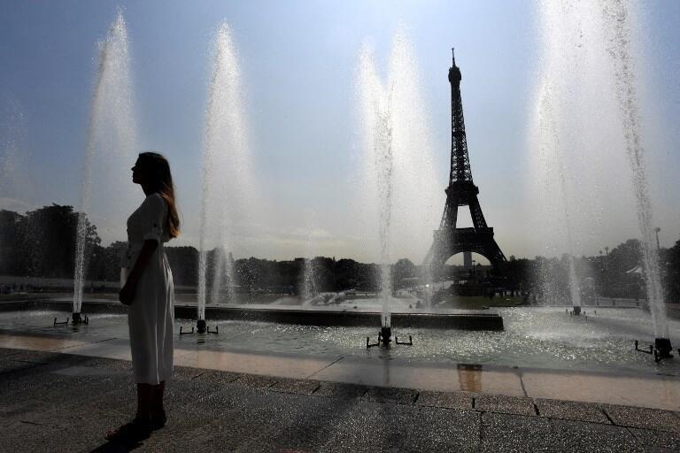 A cada verão, Paris bate recordes de temperaturas, rpovocados pelo aquecimento global.