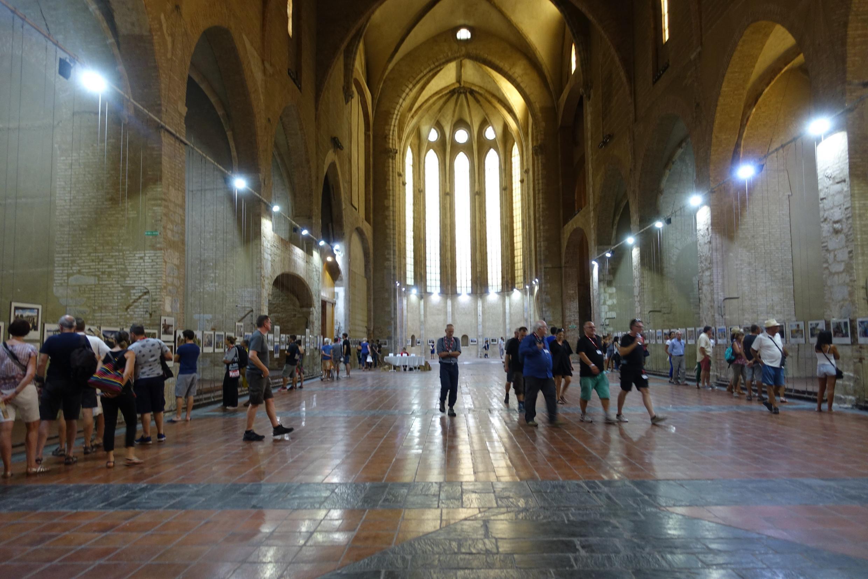 Exposição na Igreja dos Dominicanos, em Perpignan.