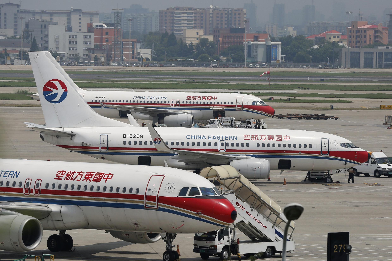 Máy bay của hãng China Eastern Airlines tại phi trường quốc tế Hồng Kiều ở Thượng Hải ngày 29/07/2014.