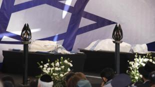 Cérémonie officielle des obsèques des quatre victimes juives de la prise d'otages du supermarché casher de la porte de Vincennes.