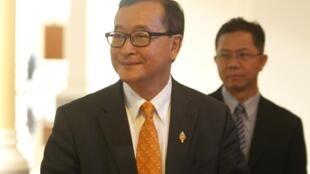 Ông Sam Rainsy, chủ tịch đảng Cứu nguy Dân tộc tại Phnom Penh ngày 09/04/2015.