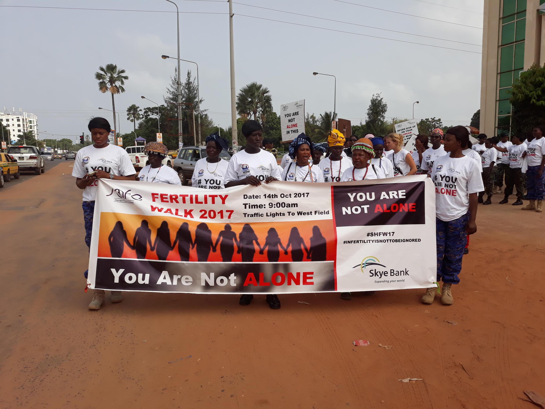 L'association «Safe Haven» essaie de faire tomber les tabous, en organisant une marche de sensibilisation à Banjul.