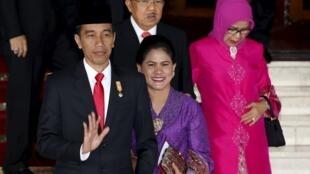 印尼總統佐科威和夫人Iriana及副總統優素福·卡拉與夫人Mufidah2015年8月14號雅加達議會
