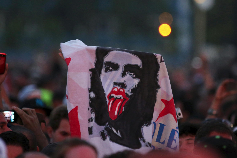 Un híbrido entre la imagen del revolucionario Che Guevara y el símbolo de la boca de los Rolling Stones.