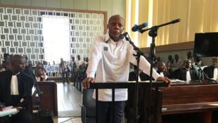 (archive) Congo-Brazzaville: l'ex-candidat à la présidentielle, le général Jean-Marie Michel Mokoko, à l'ouverture de son procès, le 7 mai 2018.