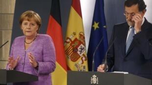 La conférence de presse de Mariano Rajoy et d'Angela Merkel, Madrid le 6 septembre 2012.