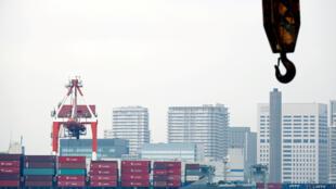 Cảnh ở cảng tàu hàng ở Tokyo, Nhật bản, ngày 18/08/2016.