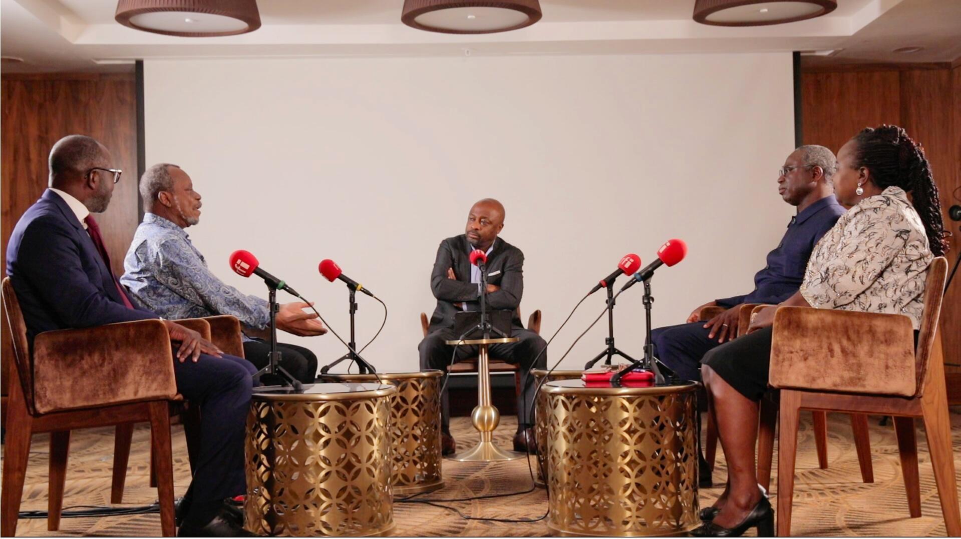 Enregistrement du débat africain, avec Alain Foka, à Lomé (Juin 2021)