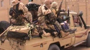 Des combattants du groupe islamiste Ansar Dine à Tombouctou, en avril 2012 (illustration).