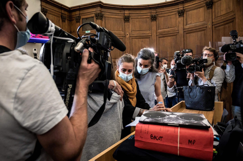 El juicio de Valérie Bacot se abrió este lunes en una corte de Saône-et-Loire, en el centro de Francia