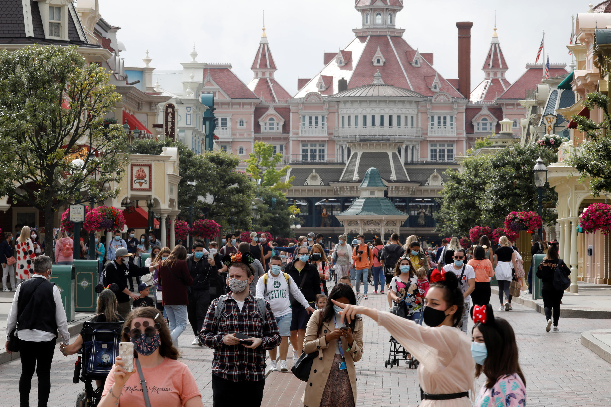 Visitors to Disneyland Paris have to wear face masks and ensure physical distancing as the park reopens from a four-month lockdown on Wednesday.